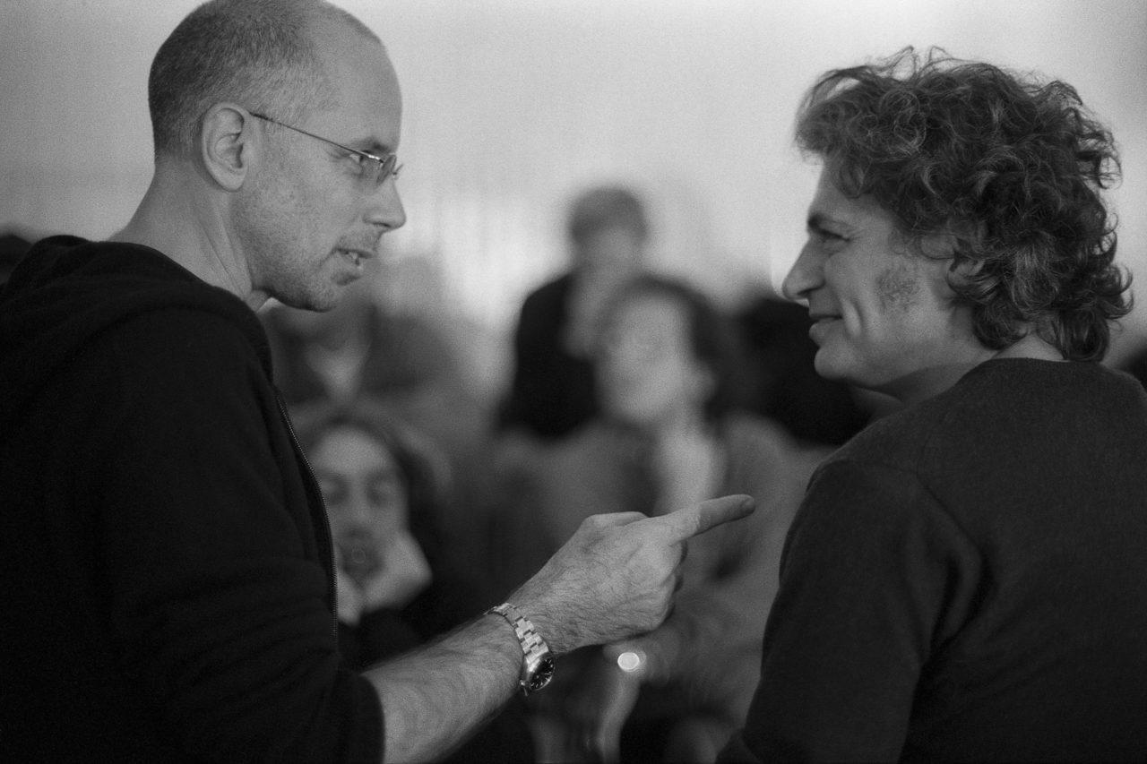 """Film director Gabriele Salvatores with actor Fabrizio Bentivoglio on the """"Denti"""" set © Daniela Facchinato"""