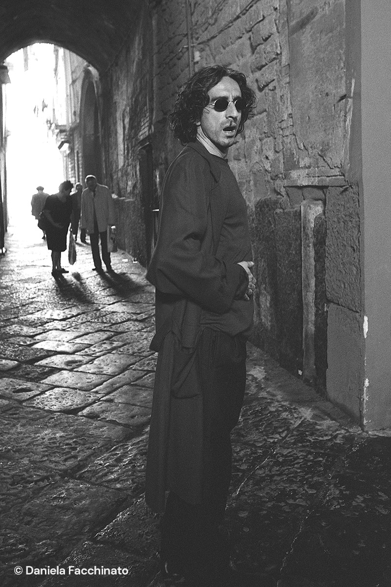 "Actor Sergio Rubini in a Naples alley during the shooting of the movie ""Denti"""