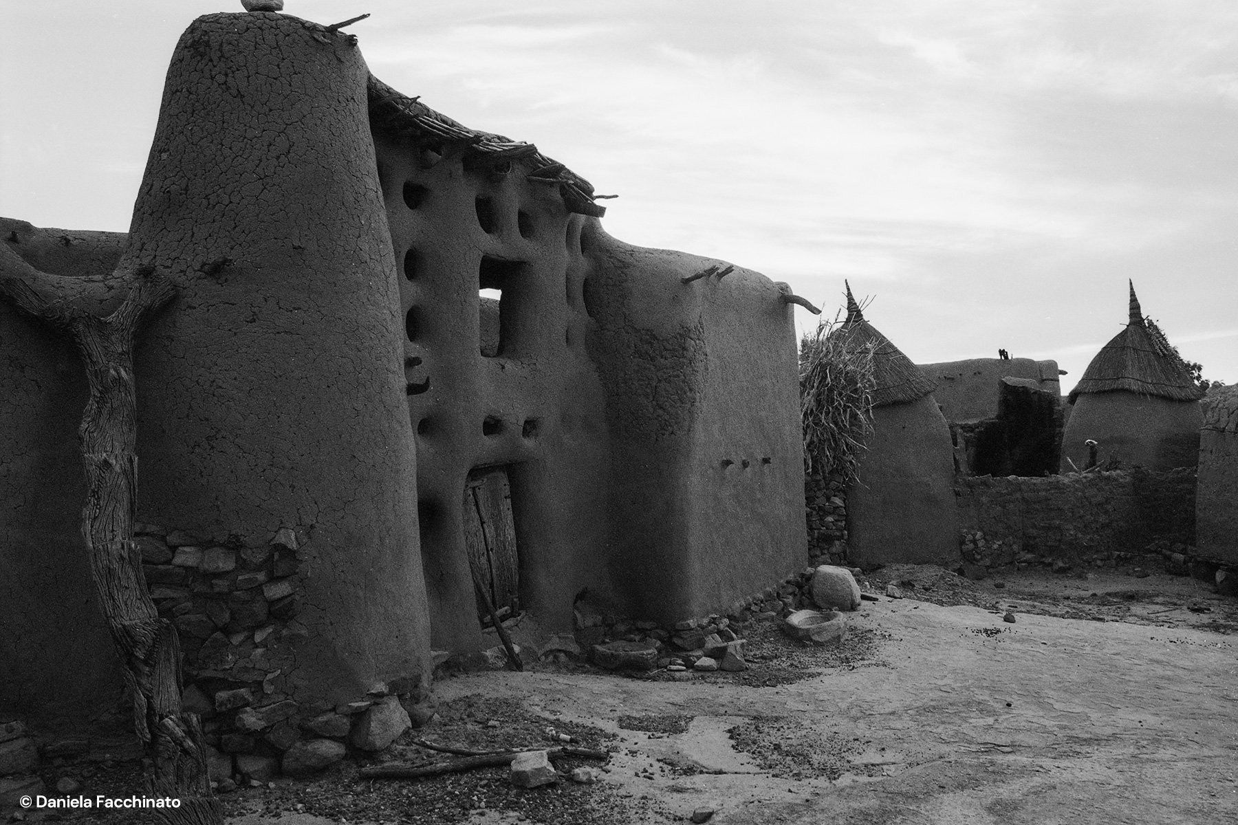"Sangha, Dogon Country, Mail, 1989. Large mud family dwelling called ""Ginna"""