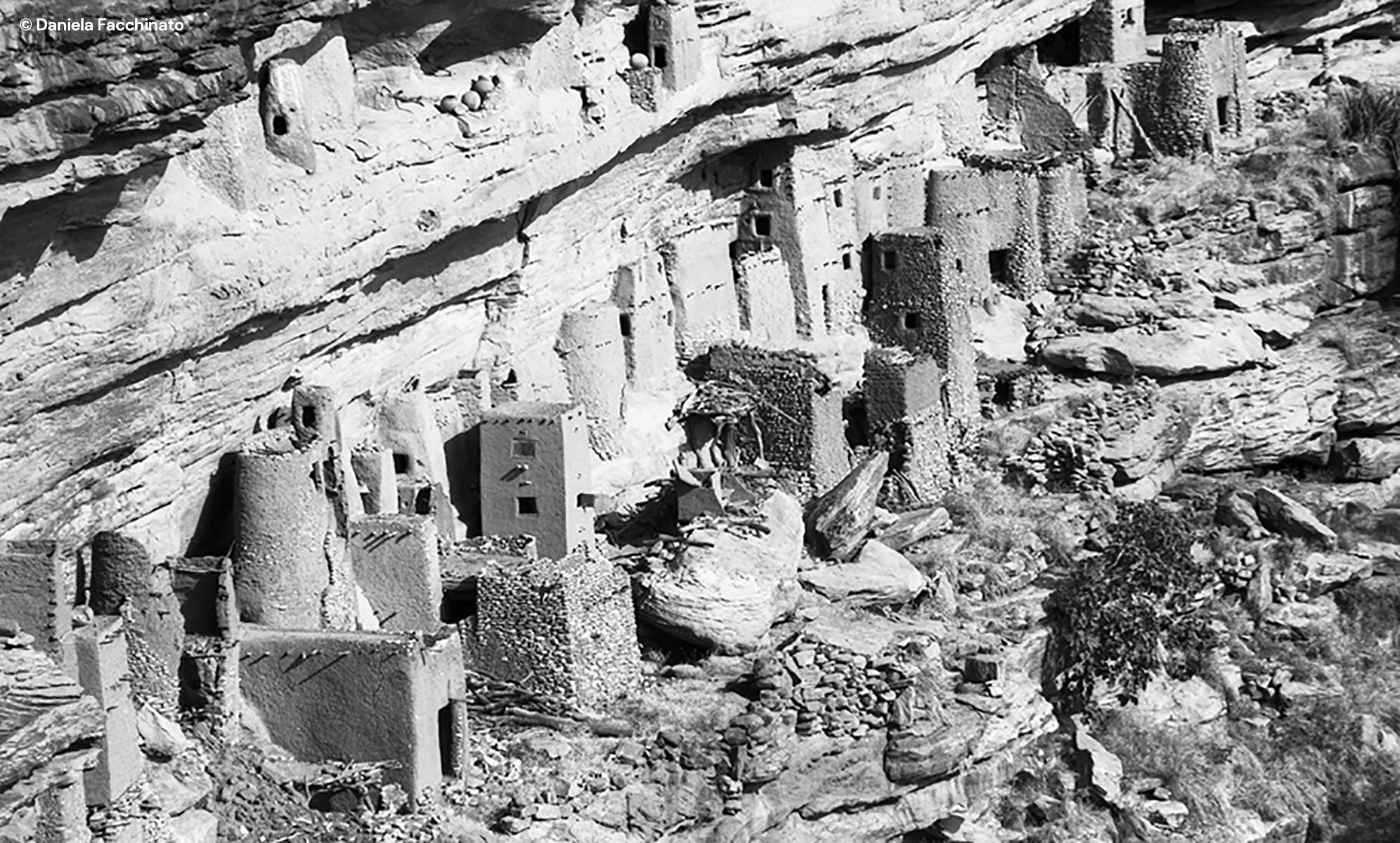 Dogon land, 1989. The cliff of Bandiagara