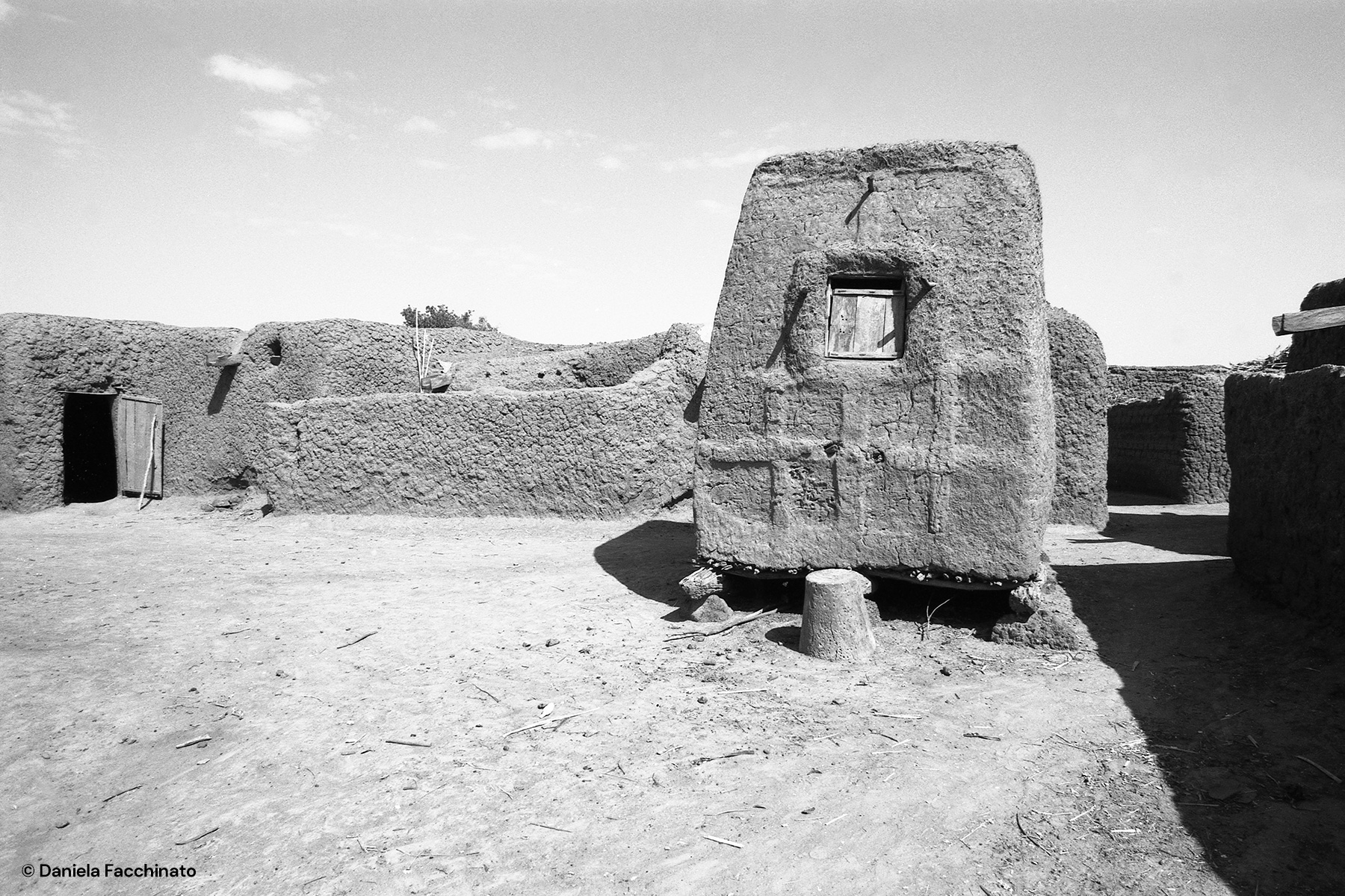 Dogon village of Songo, Mali 1989. Mud granary raised off the ground to preserve millet crops
